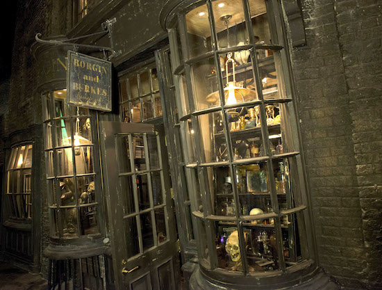 Borgin and Burkes in Diagon Alley
